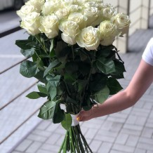 "19vnt Baltos rožės ""Tiffany"""
