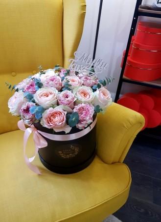 """Bijūninių rožių dėžutė """"Favia"""""""