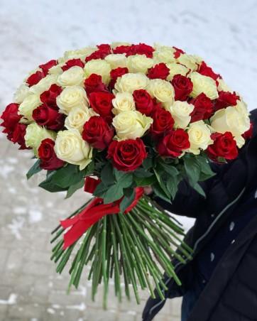 "Puokštė rožių 101vnt  ""Merci"""