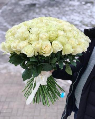 "Puokštė rožių 101vnt  ""Ali"" 99€/119€/129€"