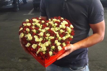 """Rožių širdelė """"Lea"""""""