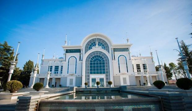 Vestuvės viskas įskaičiuota - Batumis (meno centras)